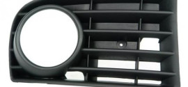 Рамка ПТФ правая VW Golf V (2011-2015)