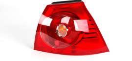 Фонарь правый наружний VW Golf V (2011-2015)