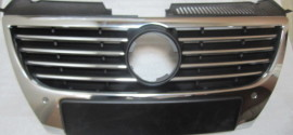 Решетка радиатора VW Passat B6 (2011-2015)
