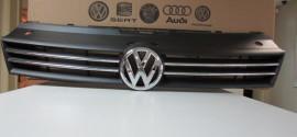Решетка радиатора VW Polo sedan (2011-2015)